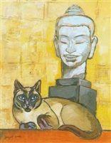 Chat siamois appartenant à lartiste couché devant une tête de boudha Khmer, Jacques Lehmann