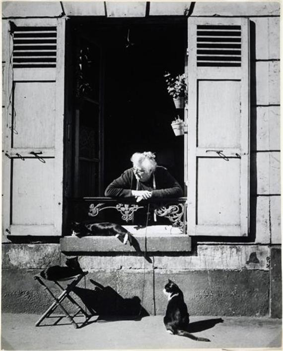 Concierge with Cats Paris 1946, cat photography