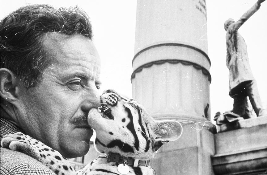 Salvador Dali and cat Babou