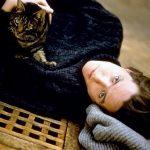 Hugh Grant and cat