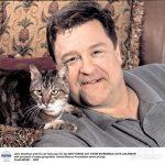 John Goodman and cat