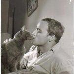 Marlon Brando Kissing Cat, famous cat stars