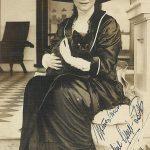 Danish ballerina Adeline Genee with cat, Sydney, 1913