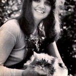 linda-ronstadt-cat